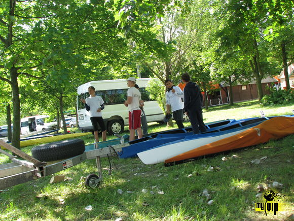 On canoe race ( im on left :) )