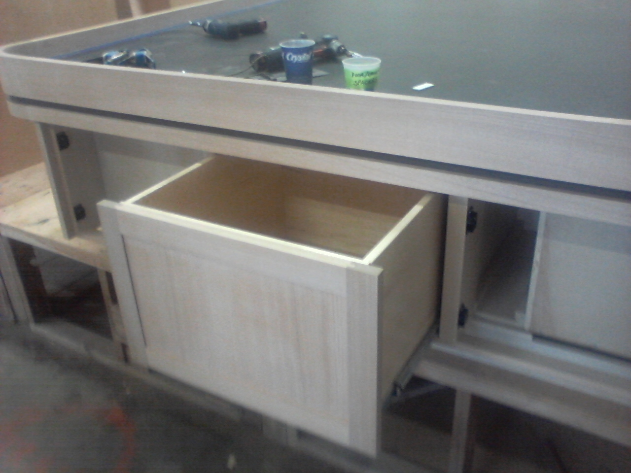 master bunk cenetr drawer On accuride slides, touch release