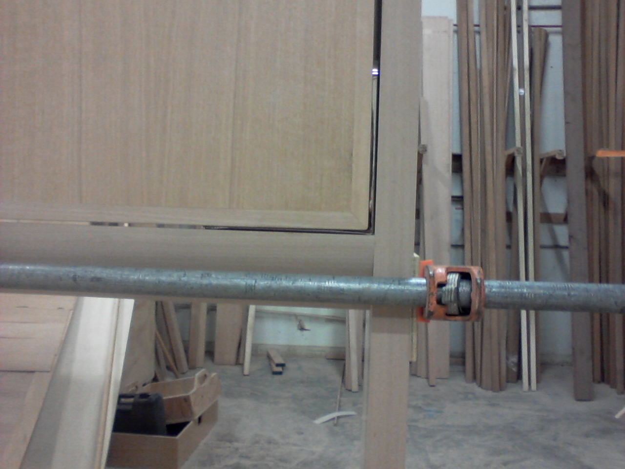 shows radius lower support trim,  standard gap, peek At custom hrdwr